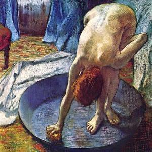Frau in der Bedewanne by Edgar Degas