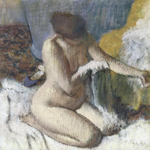La sortie du bain ou Femme s'essuyant le bras gauche by Edgar Degas