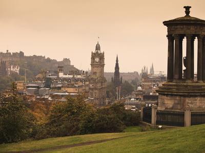 https://imgc.allpostersimages.com/img/posters/edinburgh-cityscape-from-calton-hill-edinburgh-lothian-scotland-uk_u-L-PFO3W10.jpg?p=0