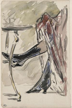 Deux jambes avec bottines sous une jupe rouge, devant un guéridon