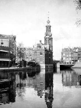Amsterdam, Holland 1922 by Edward Hungerford