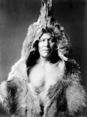 Bear's Belly, Arikara Indian by Edward S. Curtis
