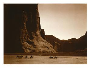 Navajos, Canyon De Chelly, c.1904 by Edward S Curtis