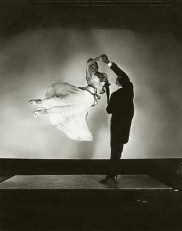 Vanity Fair - August 1935 by Edward Steichen