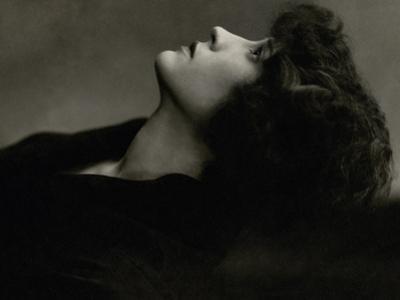 Vanity Fair - January 1926 by Edward Steichen