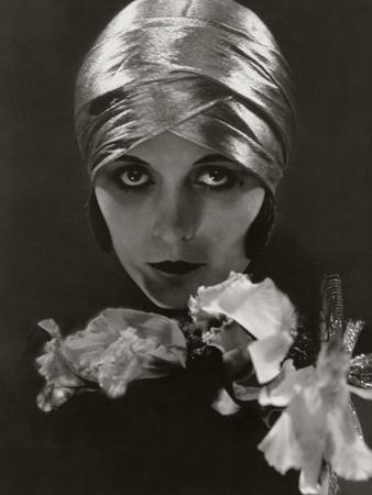 Vanity Fair - June 1925 by Edward Steichen
