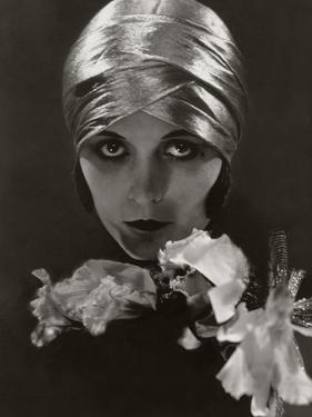 Vanity Fair - June 1925 by Edward Steichen