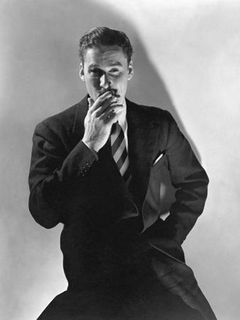 Vogue - April 1936 - Errol Flynn by Edward Steichen