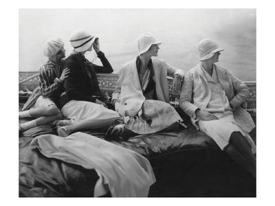 Vogue - July 1928 - Yachting