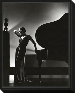 Vogue - November 1935 by Edward Steichen