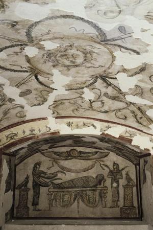 https://imgc.allpostersimages.com/img/posters/egypt-alexandria-catacombs-of-kom-esh-shuqafa-interior-of-the-hypogeum-of-tardan_u-L-POPC7N0.jpg?p=0