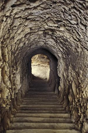 https://imgc.allpostersimages.com/img/posters/egypt-alexandria-catacombs-of-kom-esh-shuqafa-interior-of-the-hypogeum_u-L-POPAY40.jpg?p=0