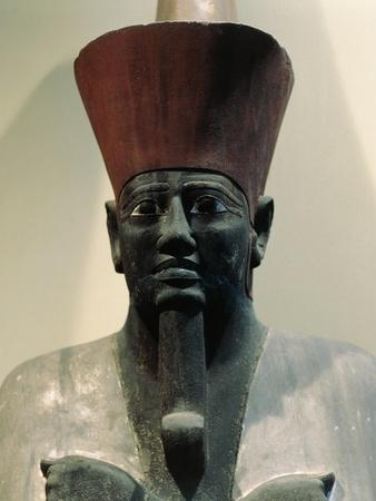 https://imgc.allpostersimages.com/img/posters/egypt-cairo-statue-of-pharaoh-mentuhotep-ii_u-L-PPBETH0.jpg?artPerspective=n