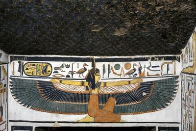 https://imgc.allpostersimages.com/img/posters/egypt-tomb-of-nefertari-mural-paintings-of-goddess-ma-at-with-spread-wings-in-burial-chamber_u-L-PRLGLD0.jpg?p=0