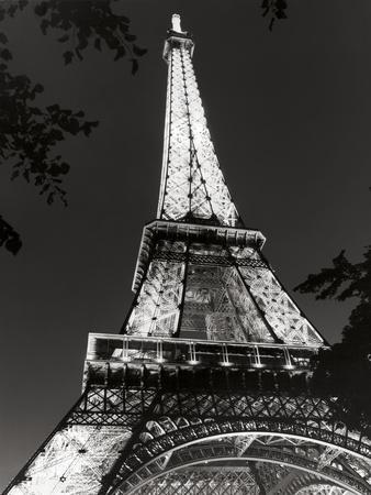 https://imgc.allpostersimages.com/img/posters/eiffel-tower-at-night_u-L-Q1AGVCU0.jpg?p=0
