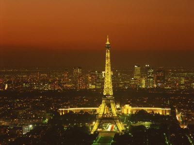 https://imgc.allpostersimages.com/img/posters/eiffel-tower-by-night-paris-france-europe_u-L-P7XJIK0.jpg?p=0