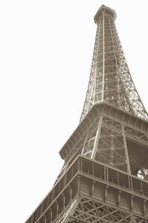 https://imgc.allpostersimages.com/img/posters/eiffel-tower-iv_u-L-Q10PQAA0.jpg?p=0
