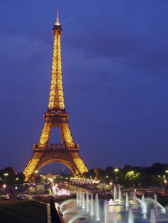 https://imgc.allpostersimages.com/img/posters/eiffel-tower-paris-france-europe_u-L-P91NZ30.jpg?p=0