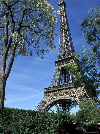 https://imgc.allpostersimages.com/img/posters/eiffel-tower-paris-france_u-L-P1TWZD0.jpg?p=0