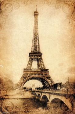 Eiffel Tower - Rustic