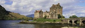 Eilean Donan Castle, Dornie, Ross-Shire, Highlands Region, Scotland