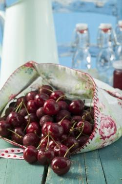 Cherries by Eising Studio - Food Photo and Video