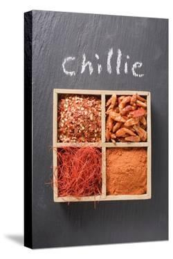Chilli Flakes, Chillies, Chilli Powder, Chilli Threads in Type Case by Eising Studio - Food Photo and Video