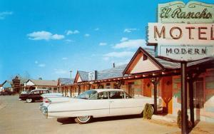 El Rancho Vintage Motel, Cadillac with Fins