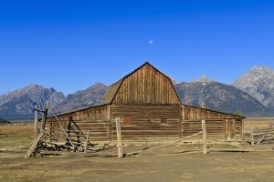 Mormon Row Barn by Eleanor