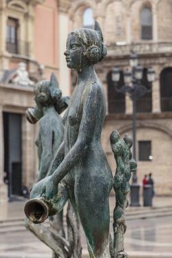 Maiden Statue, Central Fountain Representing Rio Turia, and Cathedral by Eleanor Scriven