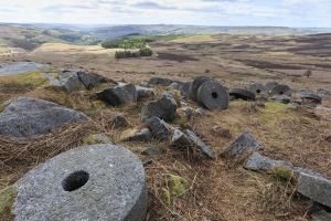 Old Millstones, Stanage Edge, Fine Spring Day by Eleanor Scriven