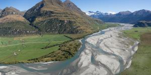 Elevated view of river passing through mountains, Matukituki River, Lake Waneka, Mount Aspiring...