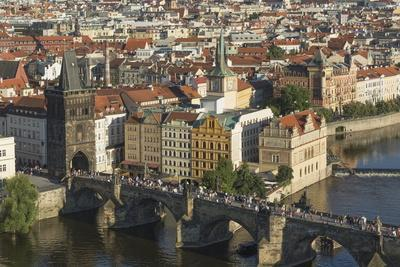 https://imgc.allpostersimages.com/img/posters/elevated-view-of-the-charles-bridge-unesco-world-heritage-site-prague-czech-republic-europe_u-L-PQ8QZZ0.jpg?p=0