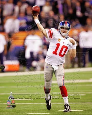 Eli Manning Super Bowl XLVI Action