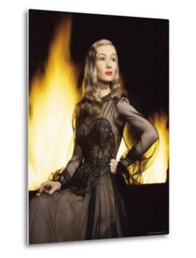 Portrait of Actress Veronica Lake by Eliot Elisofon