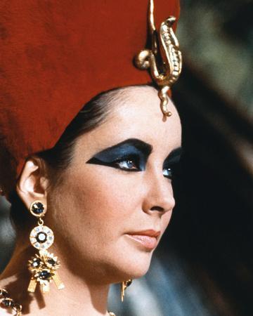 https://imgc.allpostersimages.com/img/posters/elizabeth-taylor-cleopatra_u-L-PJ5HX40.jpg?artPerspective=n