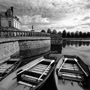 Etang Des Carpes, Palace, Fontainebleau, France by Ellen Kamp