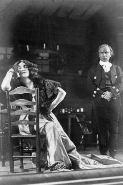 Julia Neilson and Horace Hodges in the Scarlet Pimpernel, C1905 by Ellis & Walery
