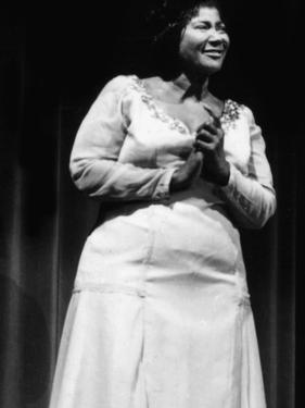 Mahalia Jackson - 1960 by Ellsworth Davis