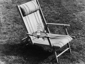 Deckchair Tray by Elsie Collins