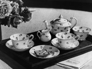 'Rose' Tea Set by Elsie Collins