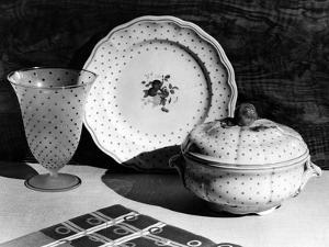 Spotted Dinner Ware by Elsie Collins