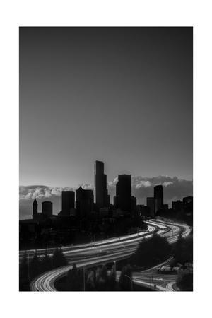 https://imgc.allpostersimages.com/img/posters/emerald-city-seattle_u-L-Q1CAP9N0.jpg?artPerspective=n
