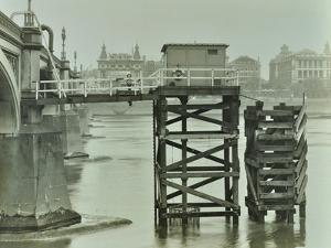 Emergency Water Supply Pump Platform, Westminster Bridge, London, Wwii, 1944