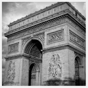 Arc de Triomphe by Emily Navas