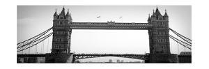 London Bridge by Emily Navas