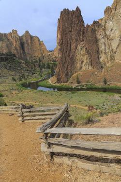 Central OR, Redmond, Terrebonne. Smith Rock State Park. Crooked River. High Desert. by Emily Wilson