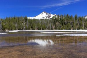 USA, Oregon, Cascade Lakes Highway, North Sister, Sparks Lake. by Emily Wilson