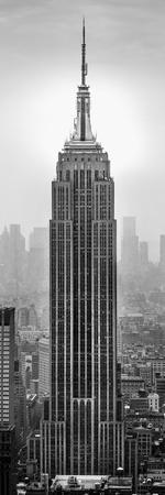 https://imgc.allpostersimages.com/img/posters/empire-state-building-in-a-city-manhattan-new-york-city-new-york-state-usa_u-L-Q12Q3L70.jpg?p=0
