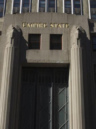 https://imgc.allpostersimages.com/img/posters/empire-state-building-manhattan-new-york-city-new-york-usa_u-L-P1KC6Q0.jpg?p=0